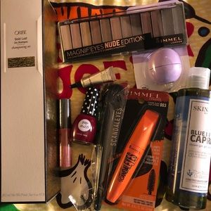 Other - Fabulous makeup bundle with luxury items. 🧡⭐️⭐️🧡